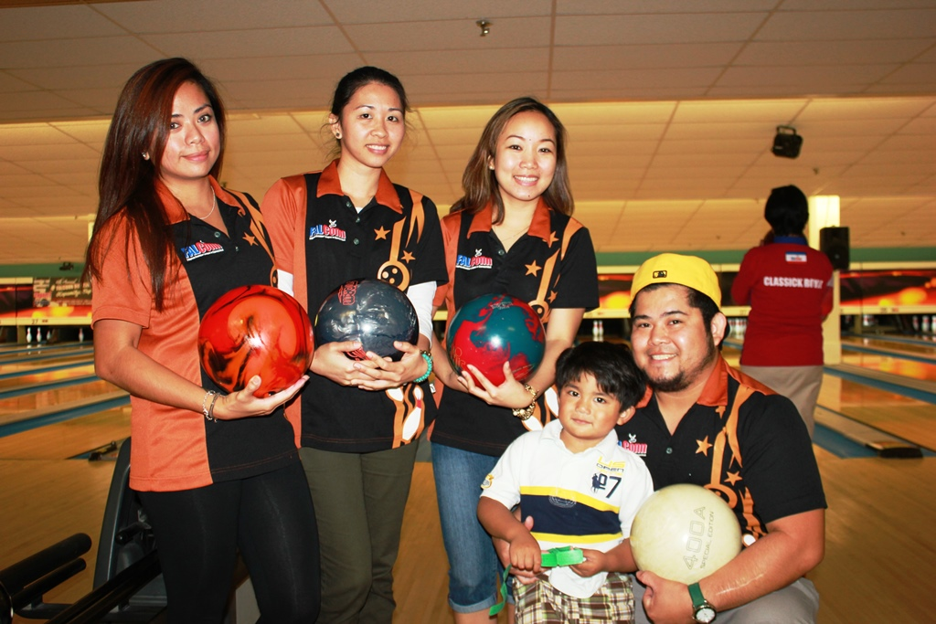 "CHICK A HOY | 6th Annual Falconn ""Kapamilya Cup"" Bowling League"